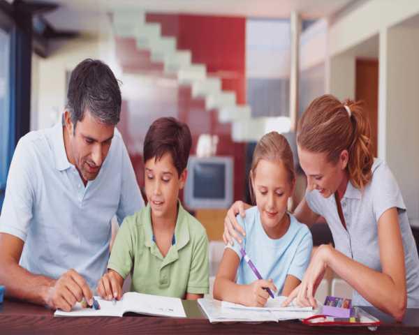 والد یا معلم؟ چالش آموزش در خانه در زمان شیوع ویروس کرونا