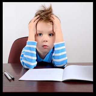 با بچهای که مشق نمینویسد چه کنیم؟ + 7 راهکار عملی