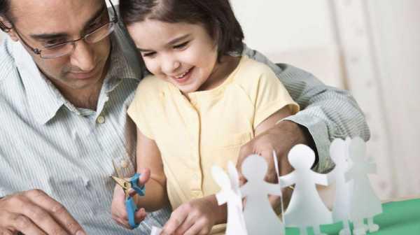 بررسی رابطه بین مهارت دستورزی و هماهنگی چشم و دست در کودکان