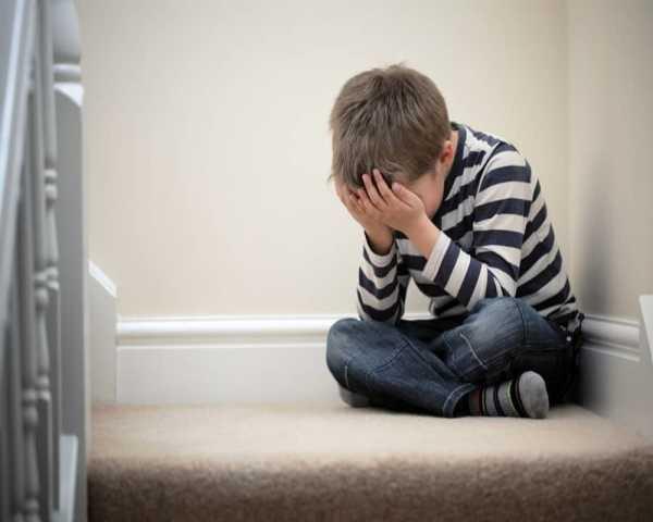 افسردگی در کودکان و نکاتی که والدین باید بدانند