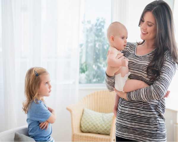 بازی و توجه، نیاز مهم فرزند اول