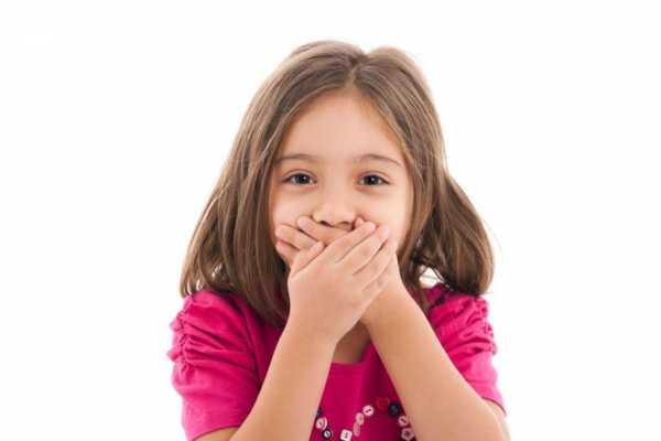 چرا فرزندمان ناسزا میگوید؟ با این رفتار چگونه برخورد کنیم؟