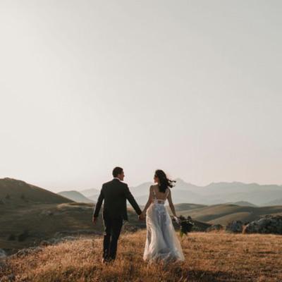 نقش والدین در متعهد بودن فرد در زندگی زناشویی