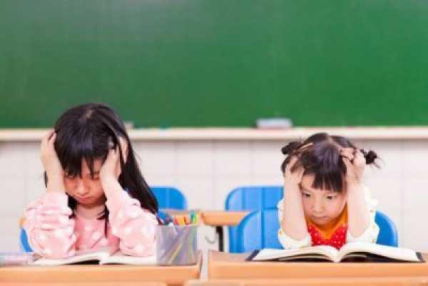 با دانشآموزی که اختلال اضطراب فراگیر دارد چگونه باید برخورد شود؟