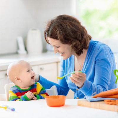 چگونه کودک را از شیر بگیریم؟ + سن مناسب از شیر گرفتن بچه