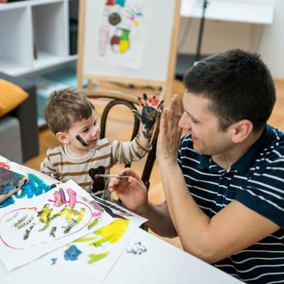 هنردرمانی چگونه به کودکان کمک می کند؟