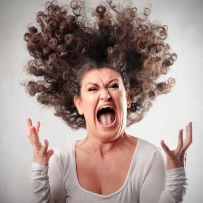 وقتی از فرزندمان عصبانی هستیم، چطور خودمان را کنترل کنیم؟