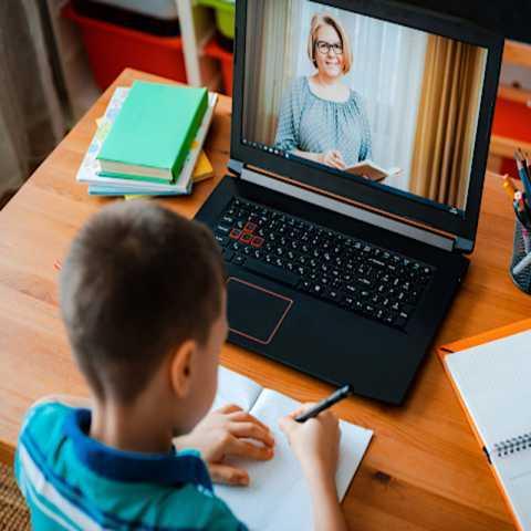 بایدها و نبایدهای مدرسه آنلاین