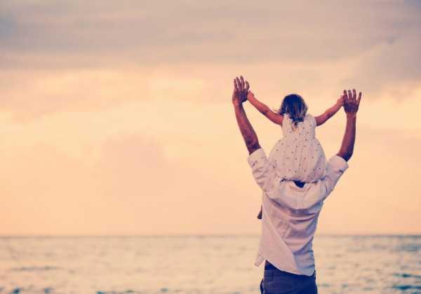 چطور در مراحل مختلف زندگی فرزندمان پدر خوبی باشیم؟