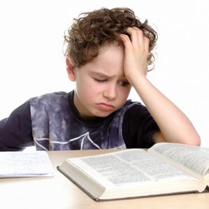 چگونه فرزندان را به درس خواندن تشویق کنیم؟