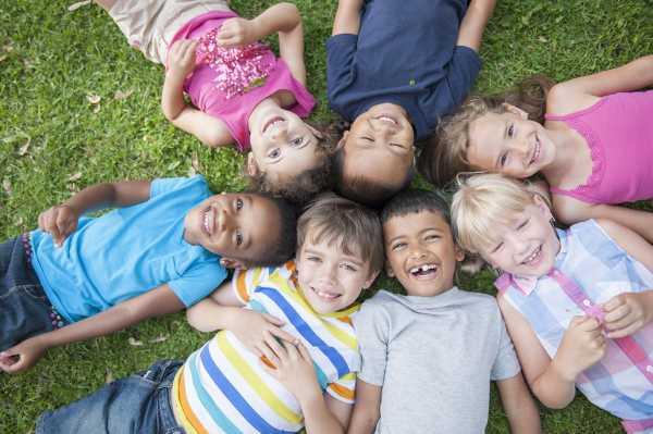 از چه سنی، چه آموزشهایی را برای کودک شروع کنیم؟